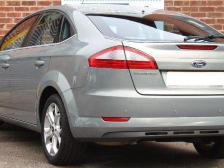 ford - Piloto trasero derecho Ford Mondeo 2007-2013