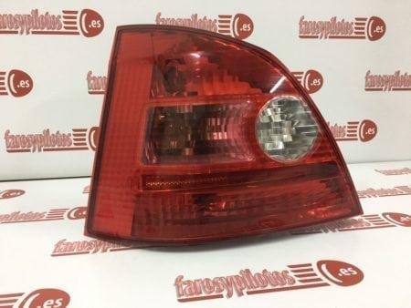 honda - Piloto traseroizquierdo Honda Civic 5 puertas 2001-2005