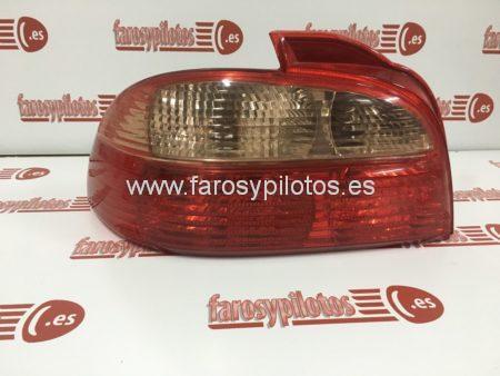IMG 3296 450x338 - Piloto trasero izquierdo Toyota Avensis Sedan 2000-2003 Restyling