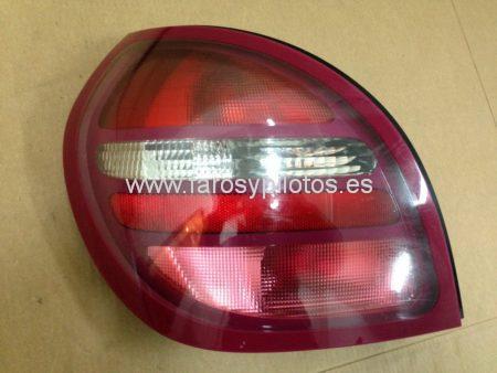 IMG 3558 450x338 - Piloto trasero izquierdo Nissan Almera 2000-2003