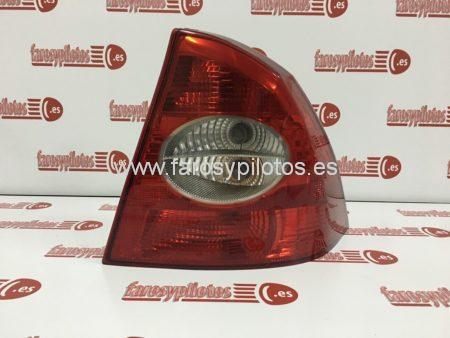 IMG 4159 450x338 - Piloto trasero derecho Ford Focus Sedan 2005-2008 (Producto Reciclado)