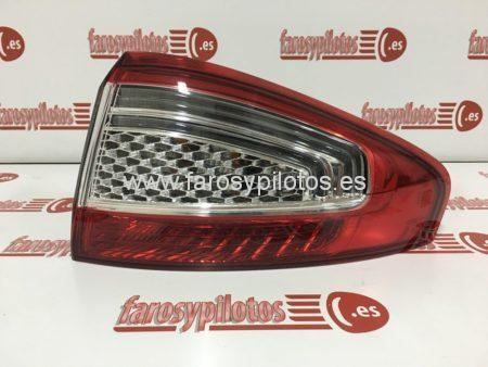 IMG 5870 450x338 - Piloto trasero derecho Ford Mondeo año 2010 a 2013 Led