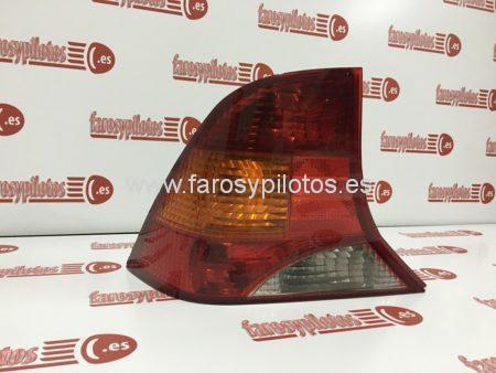 IMG 4243 450x338 - Piloto traseroizquierdo Ford Focus Sedan 1998 - 2004