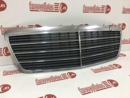 mercedes - Parrilla delanteraMercedes Clase E W210Restyling 2000-2003