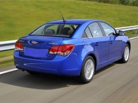chevrolet - Piloto traseroizquierdo Chevrolet Cruze Sedan 4 puertas