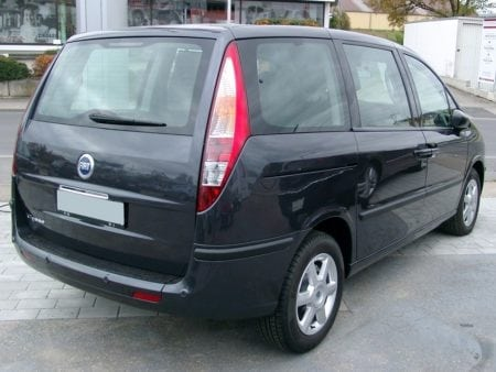 fiat - Piloto traseroizquierdo Fiat Ulysse 2002-2010