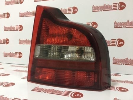 IMG 6999 450x338 - Piloto traseroderecho Volvo S80 años año 1998 a 2003