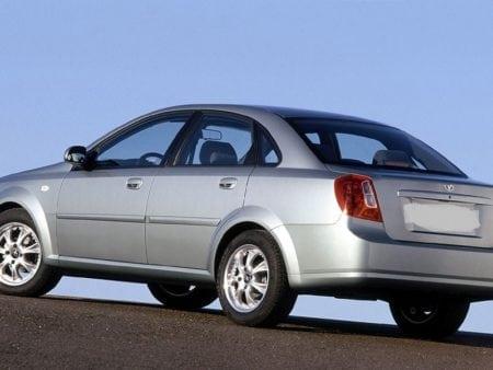 daewoo, chevrolet - Piloto trasero derecho Chevrolet Nubira Sedan 4 puertas 2004-2006