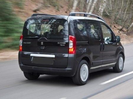 fiat, citroen, peugeot - Piloto trasero izquierdo Citroen Nemo Combi, Peugeot Bipper Tepee y Fiat Fiorino Qubo