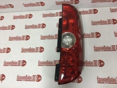 Doblo 2010 der1 450x338 - Piloto trasero derecho Fiat Doblo 2010 - 2018