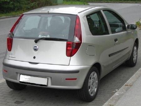 fiat - Piloto trasero izquierdo Fiat Punto Restyling 2003