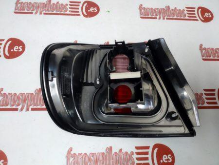 nissan - Piloto trasero derecho Nissan Primera P12 Años 1999-2002 Rojo (Producto Nuevo)