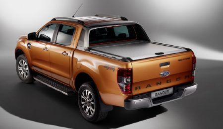 ford - Piloto trasero izquierdo Ford Ranger 2016-2019 Fondo Negro (Producto Nuevo)