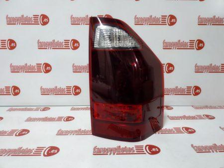 mitsubishi - Piloto trasero derecho Mitsubishi Montero Pajero 2003-2006 (Producto Nuevo)